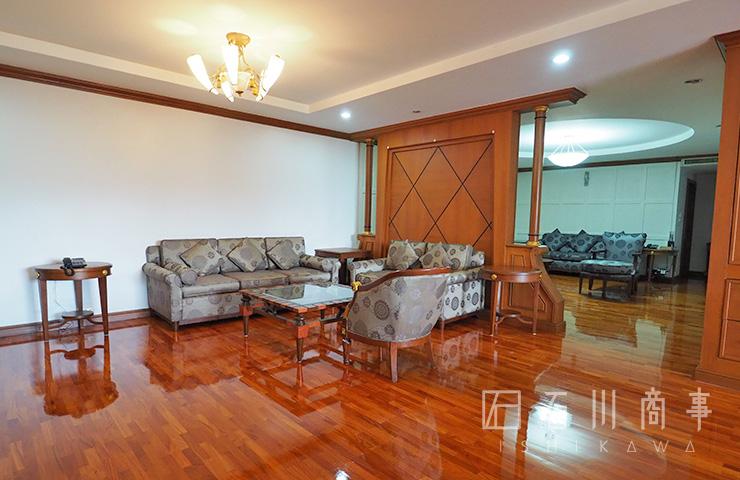 Sachayan Mansion