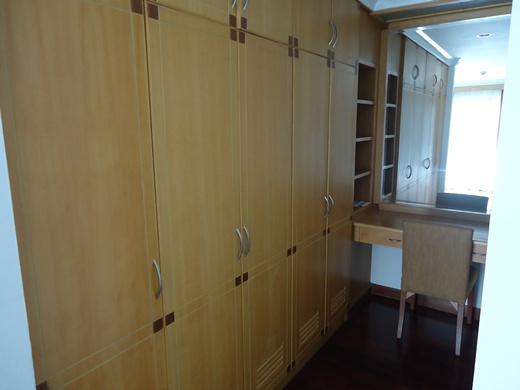 Admiral Suites