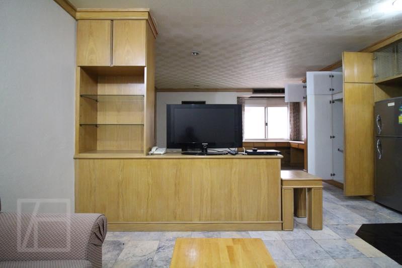 49 Suites